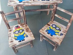 mizica in stolčka minion